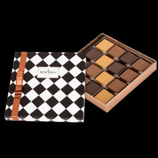 Hediyelik Madlen Çikolata Kutusu